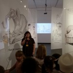 Dyrektor Muzeum Karykatury, Elżbieta Laskowska, otwiera poznańską wystawę